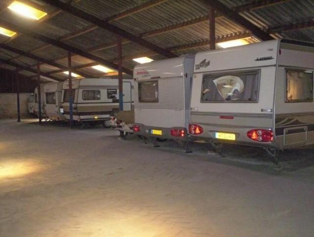 Camper- en Caravanstalling van den Akker